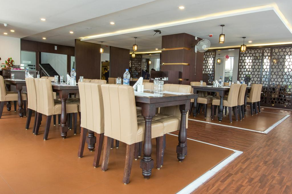 Capital Residency Hotel Wayanad Restaurant